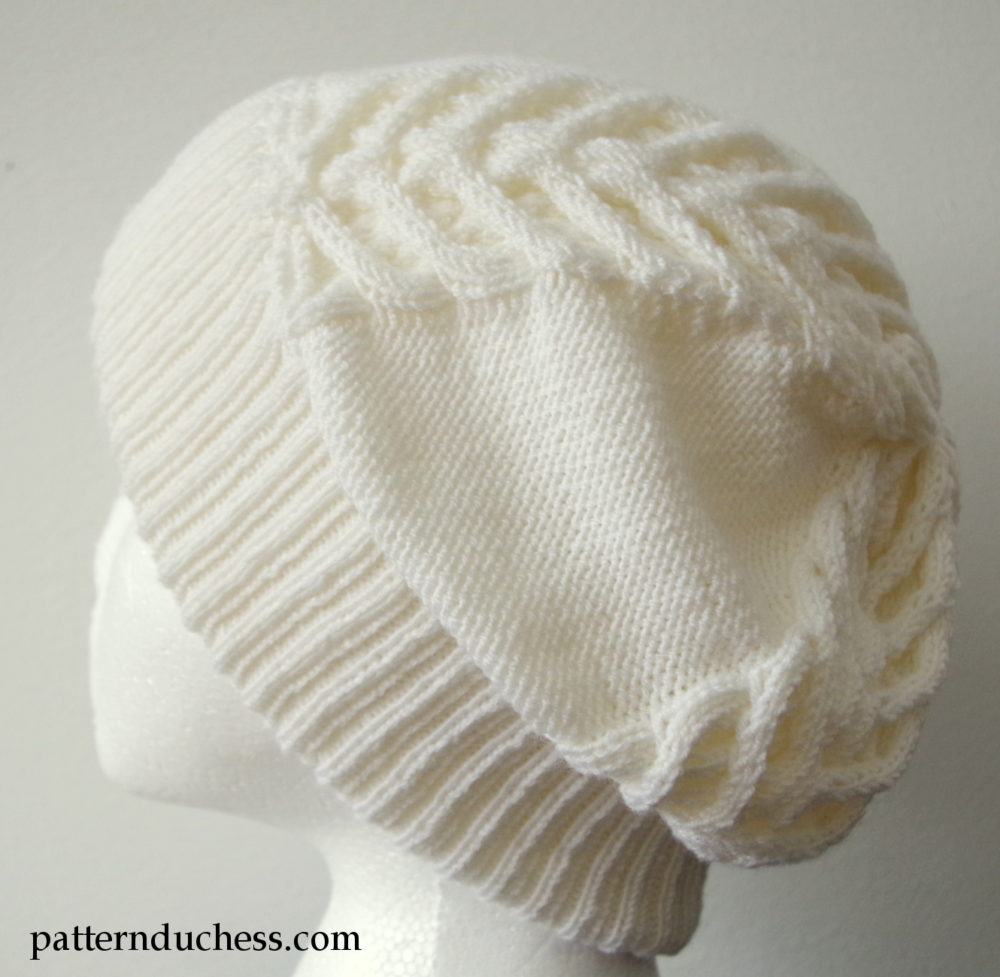 Cable knit slouchy hat with brim | Pattern Duchess