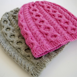 baby hat with cables knitting instructions