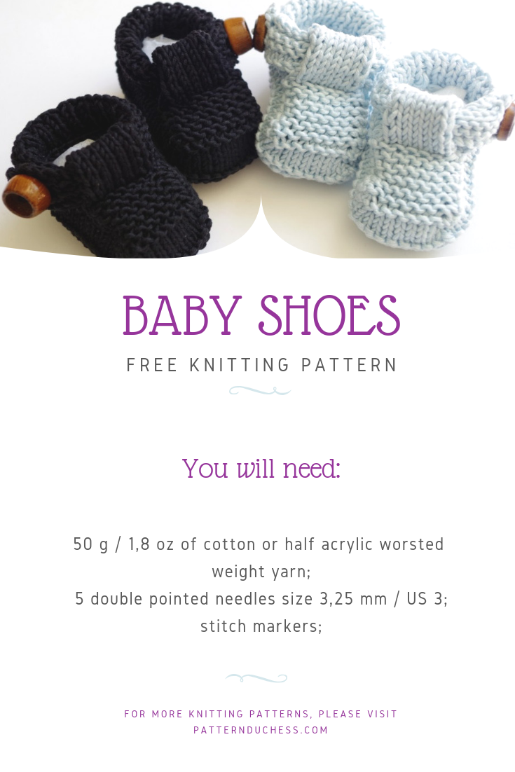 Tutorial for easy knit baby shoes with buttons. Free pattern.