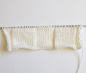 knitted ruffle border