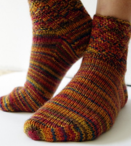 Simple knit socks
