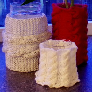Vase or candle sleeve free knitting pattern