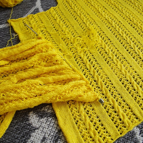 Knitting the lacy cabled poncho big yellow