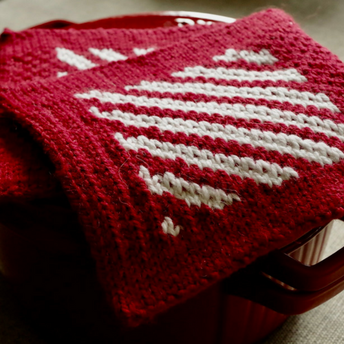 """Stranded knitting in the round """"Candy Cane"""" pot holders knitting pattern"""